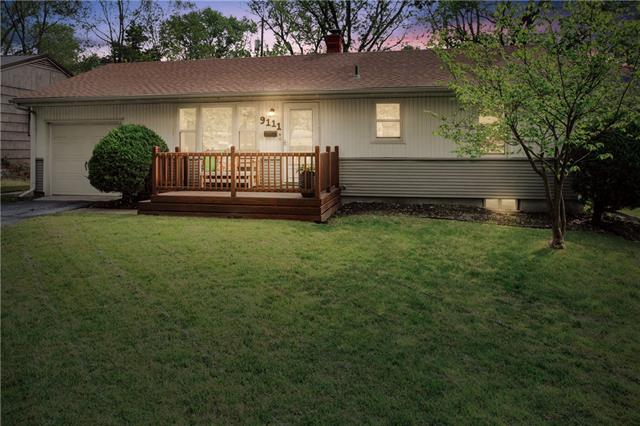 Boone Manor Real Estate Listings Main Image