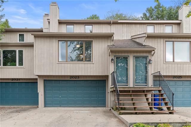 2023 S 101 Terrace Property Photo