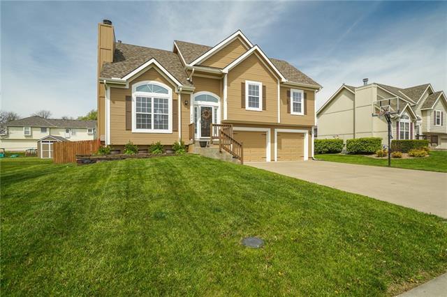 304 S PECAN TREE Avenue Property Photo - Lone Jack, MO real estate listing