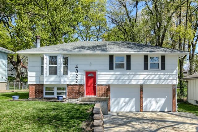 4822 NE 47th Terrace Property Photo - Kansas City, MO real estate listing