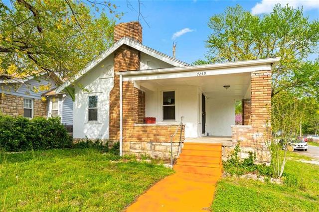 7249 Paseo Boulevard Property Photo - Kansas City, MO real estate listing