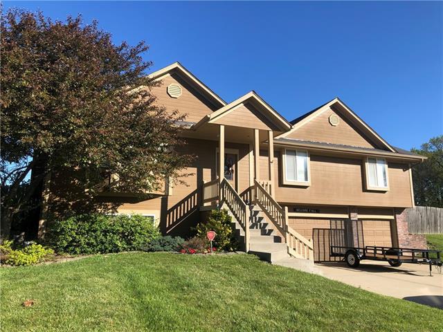 1203 Buckeye Lane Property Photo - Pleasant Hill, MO real estate listing