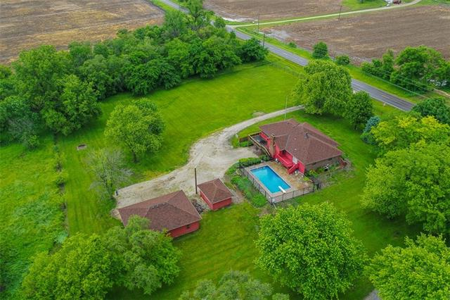 16579 158th Street Property Photo - Bonner Springs, KS real estate listing