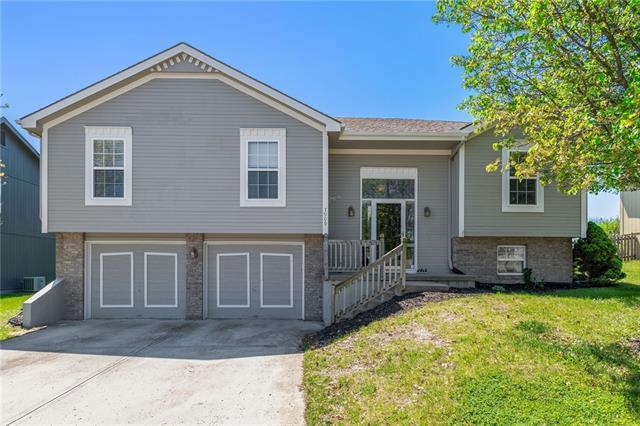7909 NE 106 Terrace Property Photo - Kansas City, MO real estate listing