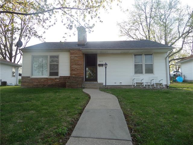 303 S 27th Street Property Photo - Lexington, MO real estate listing