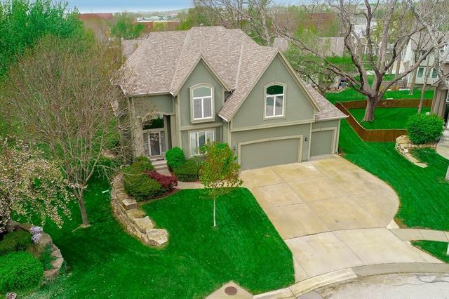 6024 Lone Elm Street Property Photo - Shawnee, KS real estate listing