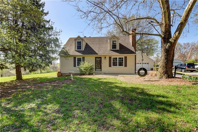 17301 E Courtney Atherton Road Property Photo - Independence, MO real estate listing
