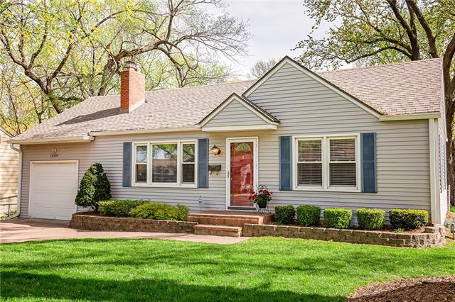 12109 W 64th Street Property Photo - Shawnee, KS real estate listing