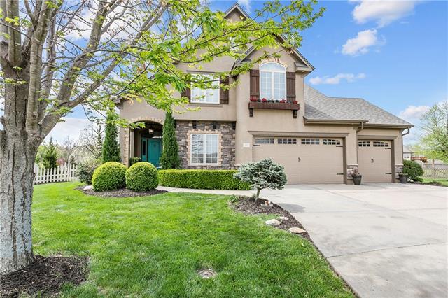 1017 NW Magnolia Lane Property Photo - Grain Valley, MO real estate listing