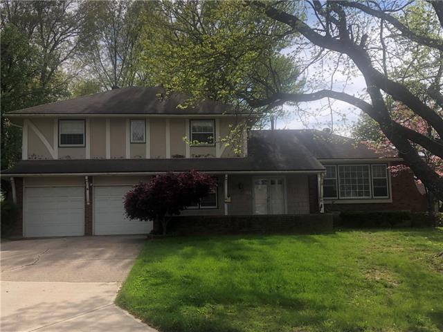 107 W 104th Street Property Photo - Kansas City, MO real estate listing
