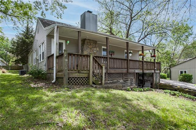 9523 W 55th Street Property Photo - Merriam, KS real estate listing