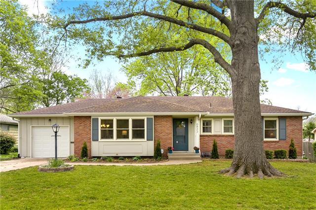6833 MASTIN Drive Property Photo - Merriam, KS real estate listing