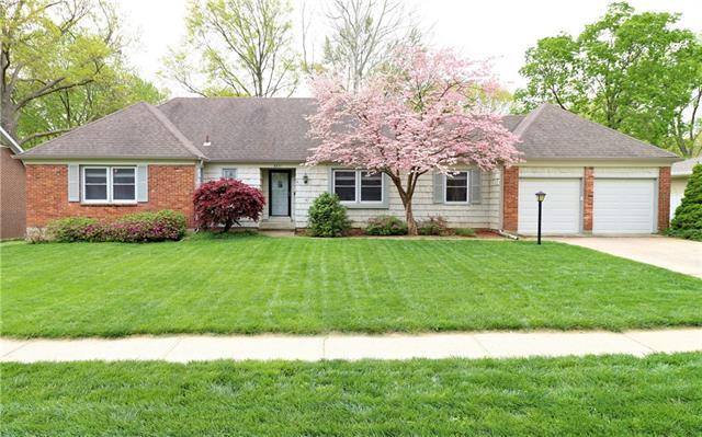 6831 W 100 Street Property Photo - Overland Park, KS real estate listing