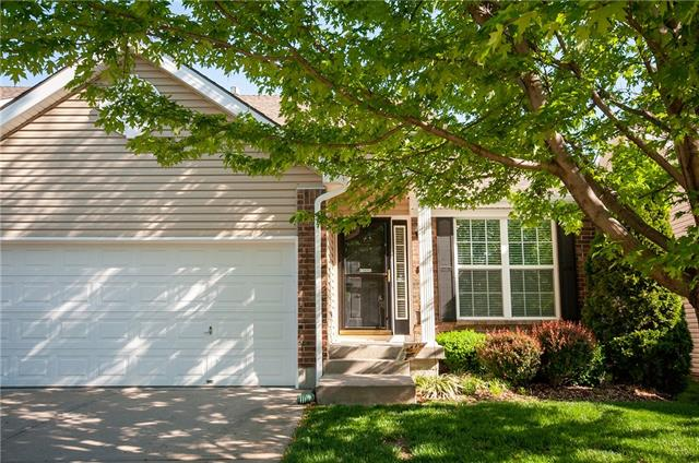 1152 Arbormill Terrace Property Photo - Lee's Summit, MO real estate listing