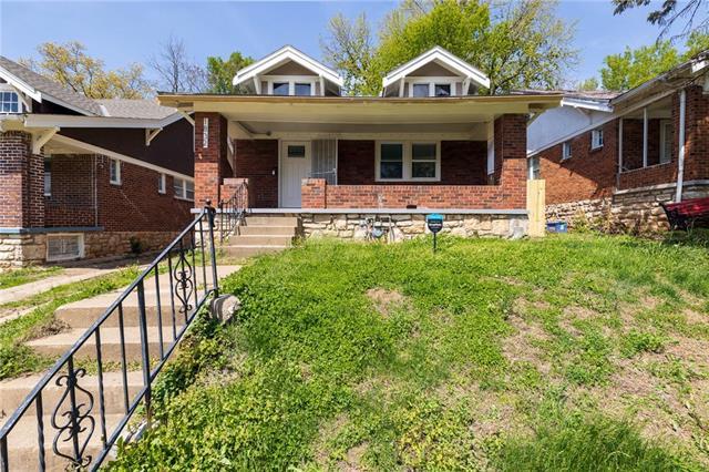 1832 E 68th Terrace Property Photo - Kansas City, MO real estate listing