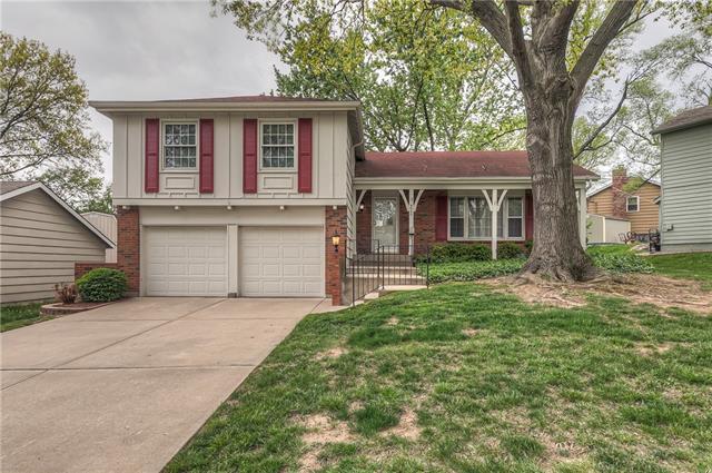 8920 Grandview Drive Property Photo - Overland Park, KS real estate listing