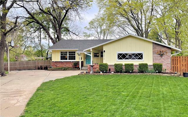 3510 W 47th Place Property Photo - Roeland Park, KS real estate listing