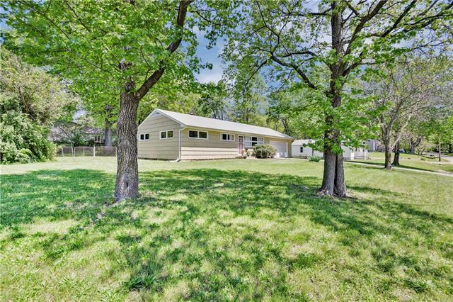 344 W 97th Terrace Property Photo - Kansas City, MO real estate listing