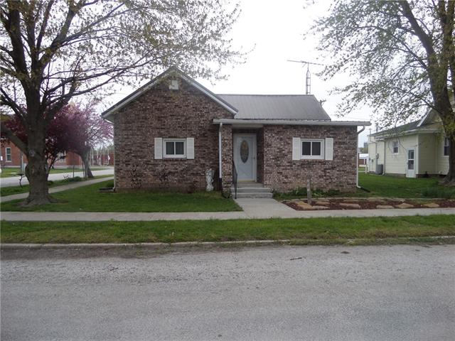 201 E 3rd Street Property Photo - Norborne, MO real estate listing