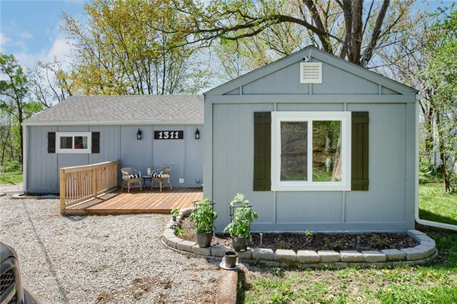 1311 St Louis Avenue Property Photo - Excelsior Springs, MO real estate listing