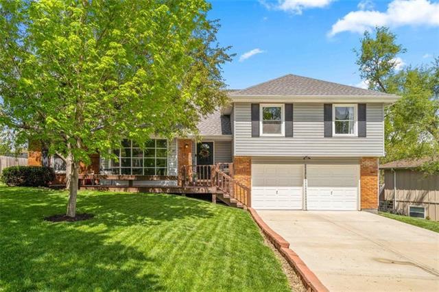 9429 Goddard Street Property Photo - Overland Park, KS real estate listing