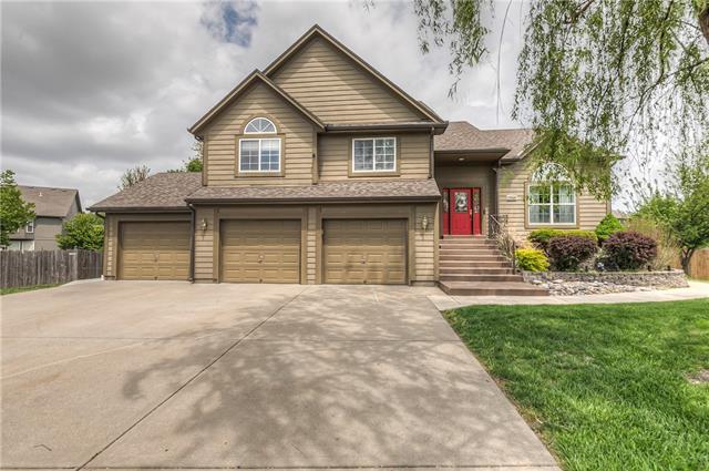 17540 W 158 Terrace Property Photo - Olathe, KS real estate listing