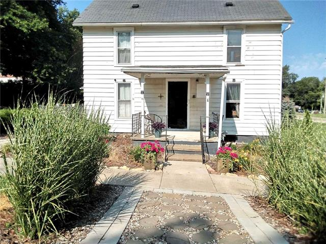 207 S Seneca Street Property Photo