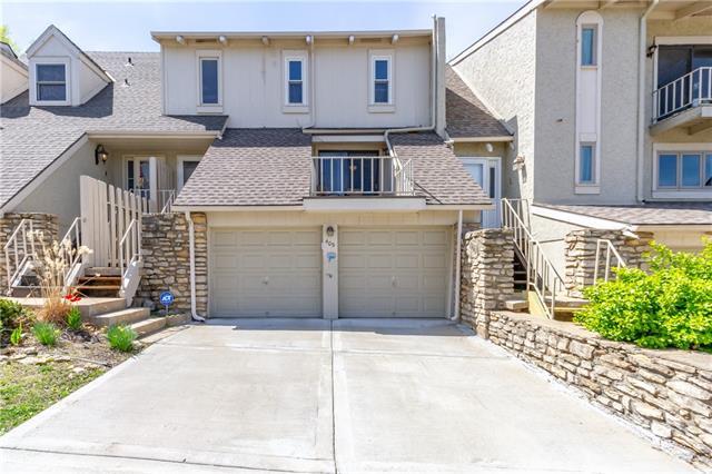 409 Woodbridge Lane Property Photo - Kansas City, MO real estate listing