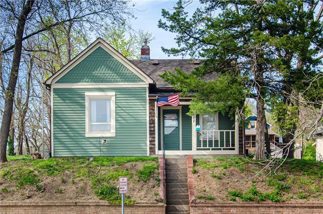 601 Harmon Street Property Photo - St Joseph, MO real estate listing