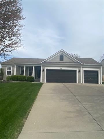 5605 NOBLE Street Property Photo - Shawnee, KS real estate listing