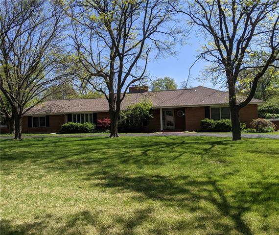 8529 Roe Avenue Property Photo