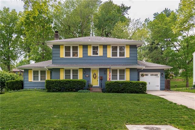 4912 NE Sherwood Drive Property Photo - Kansas City, MO real estate listing