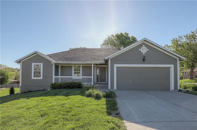 4811 Harkness Avenue Property Photo - Kansas City, MO real estate listing