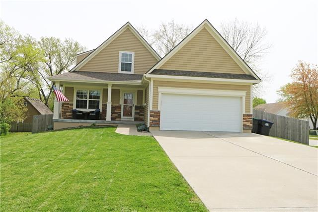 7 SE 7th Street Property Photo - Lee's Summit, MO real estate listing