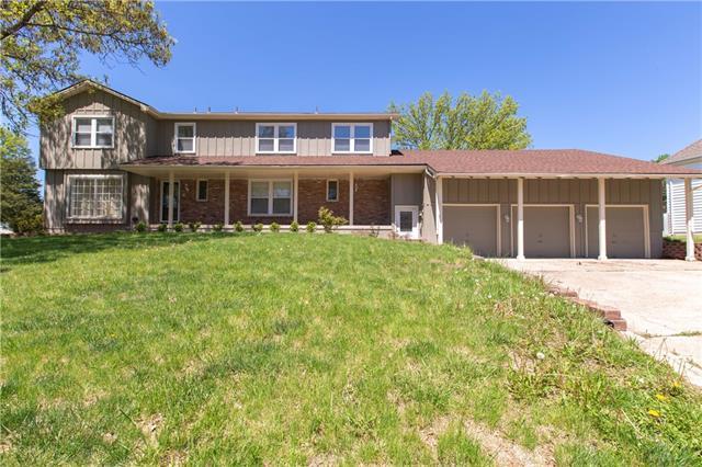 9526 OLMSTEAD Road Property Photo - Kansas City, MO real estate listing