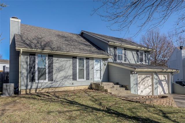 15718 W 146 Terrace Property Photo - Olathe, KS real estate listing