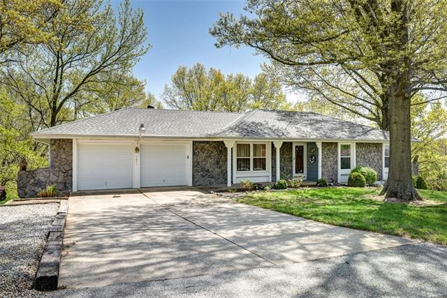 1011 Ethel Harrison Drive Property Photo - Sugar Creek, MO real estate listing