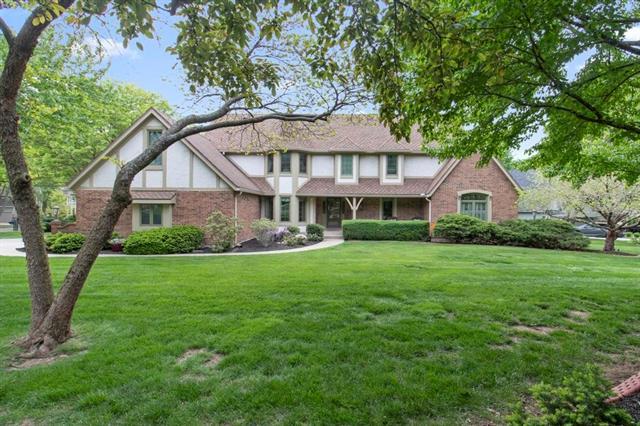 11100 W 124th Street Property Photo - Overland Park, KS real estate listing