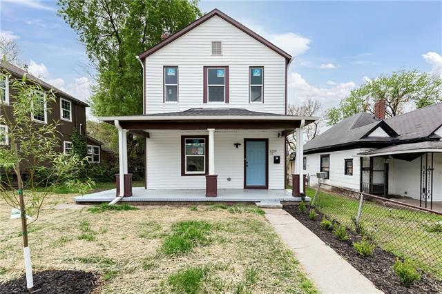 1229 Ridge Avenue Property Photo - Kansas City, KS real estate listing