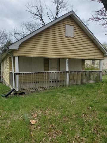 3221 N 33rd Street Property Photo 1