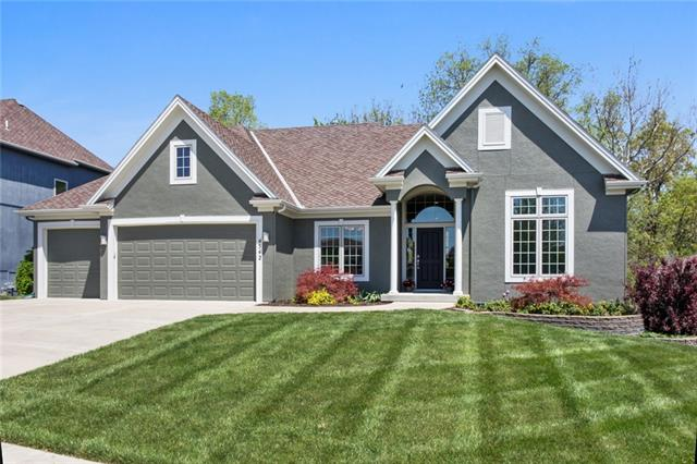 4542 Verona Drive Property Photo - Riverside, MO real estate listing