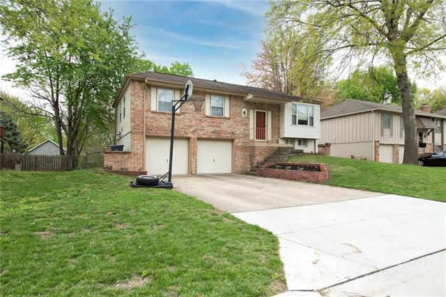 12941 S Brougham Street Property Photo - Olathe, KS real estate listing