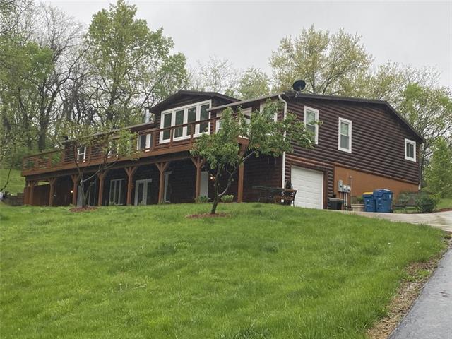 12501 E Silver Lane Property Photo - Sugar Creek, MO real estate listing
