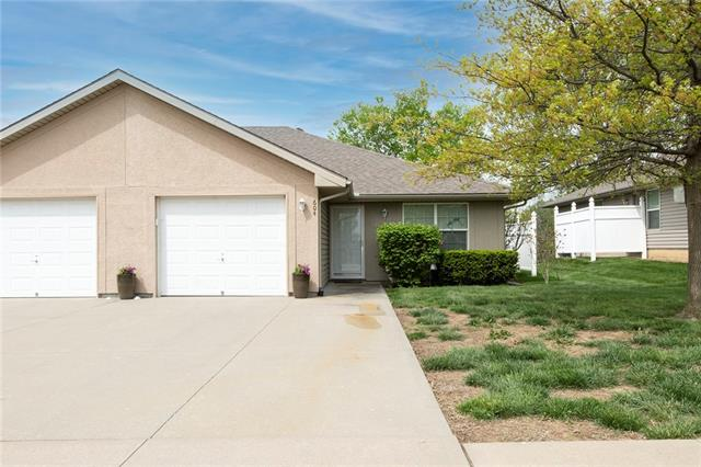 604 McKenna Street Property Photo - Louisburg, KS real estate listing
