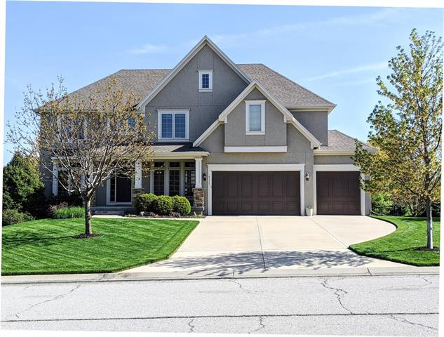 9113 W 158th Street Property Photo - Overland Park, KS real estate listing