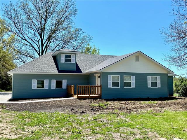 40305 E Nevins Road Property Photo - Oak Grove, MO real estate listing