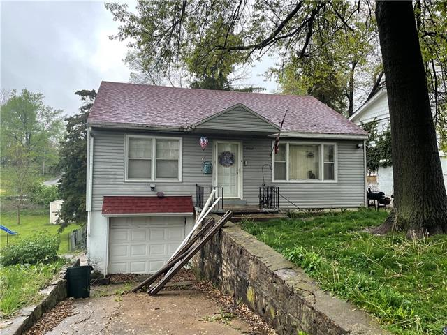 9502 E 13th Street S Property Photo - Independence, MO real estate listing