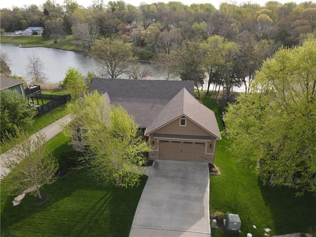 8421 Primrose Street Property Photo - De Soto, KS real estate listing