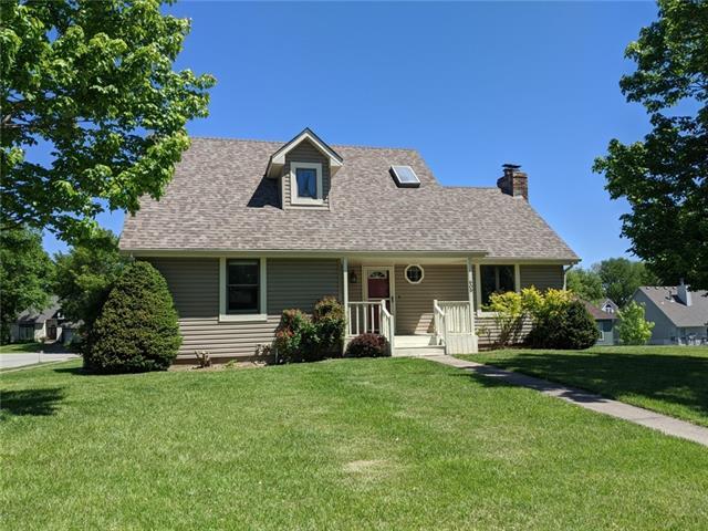 609 Foster Lane Property Photo - Warrensburg, MO real estate listing