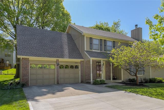 8633 Greenway Lane Property Photo - Lenexa, KS real estate listing